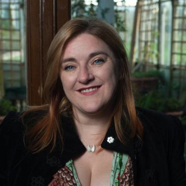 Image of the author Jessica Thorne (Ruth Frances Long)